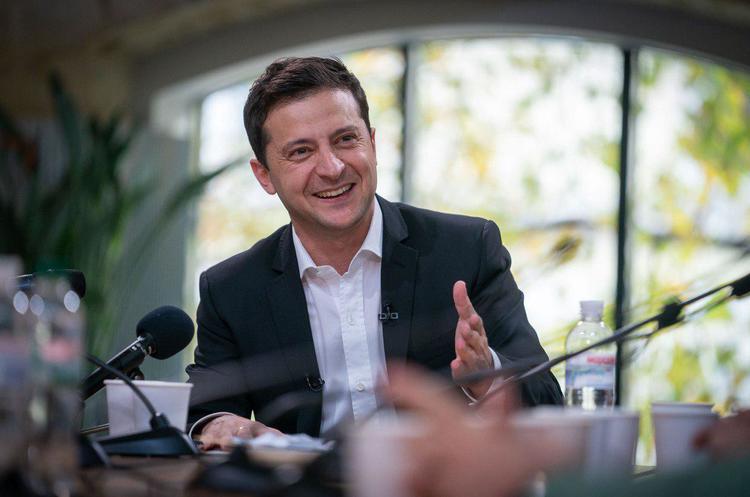 """""""Можемо стати найдинамічнішою країною"""" : Зеленський написав """"формулу майбутнього"""" для України"""