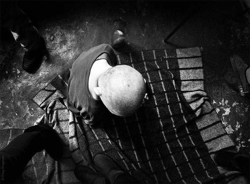 """""""Їдять з підлоги, гвалтують одне одного і…"""": Пацієнти психіатричного інтернату на Дніпропетровщині живуть у """"пеклі"""""""