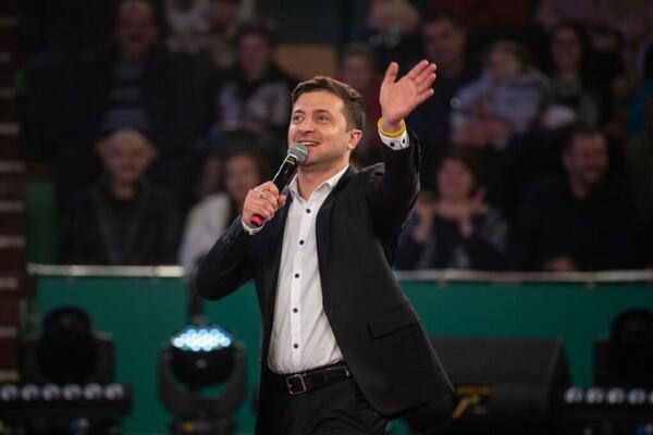 """""""Україна не буде стравою"""": Зеленський вперше з'явився в студії Шустера. Прямо з фронту"""