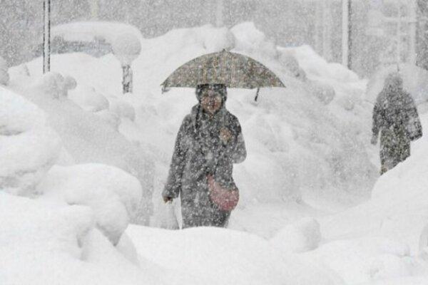 Завалить снігом! Синоптики попереджають про різку зміну погоди. Штормове попередження!