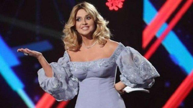 """""""Сором свій показала"""": Оксана Марченко розлютила шанувальників вульгарними фото. """"Чоловік побачить – посивіє"""""""