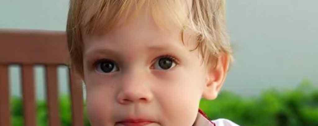 """""""Велика пухлина у мозку 3-річного малюка"""": Сашко потребує вашої допомоги"""