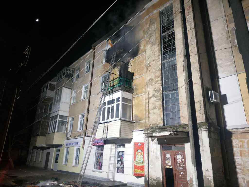 Схопила дітей і бігла: моторошні подробиці жахливої пожежі в Запоріжжі