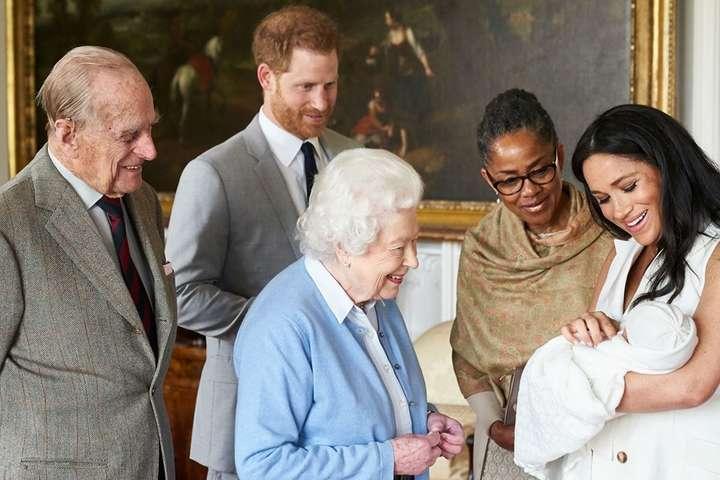 """""""Особняк на набережній за 14 мільйонів"""": Стало відомо, де житимуть Меган Маркл і принц Гаррі у Канаді. """"Розкіш – це святе!"""""""