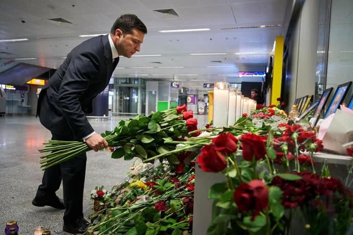 """Імпічмент! Екс-нардеп від БПП звинуватив Зеленського в """"іранській"""" катастрофі. Українці стали на захист"""