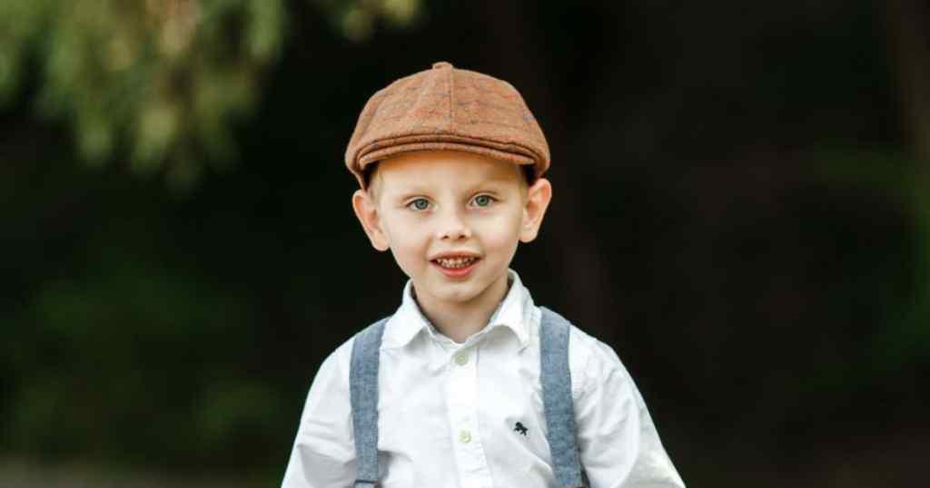 Батьки Філата просять про допомогу в лікуванні сина