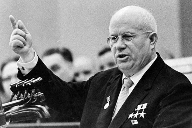 У своїй московській квартирі: знайдена мертвою невістка Микити Хрущова