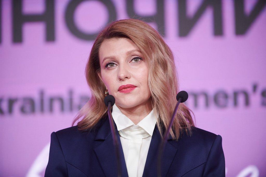 """""""Це тупість і ницість"""": відомий політик гостро захистив Олену Зеленську. Хейтери в ауті"""