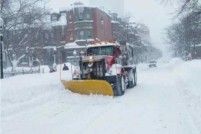 """Зима """"нападе"""" раптово! Весна продовжує """"гуляти"""" Україною – прогноз погоди на 24 січня. Вдягайтесь тепліше"""