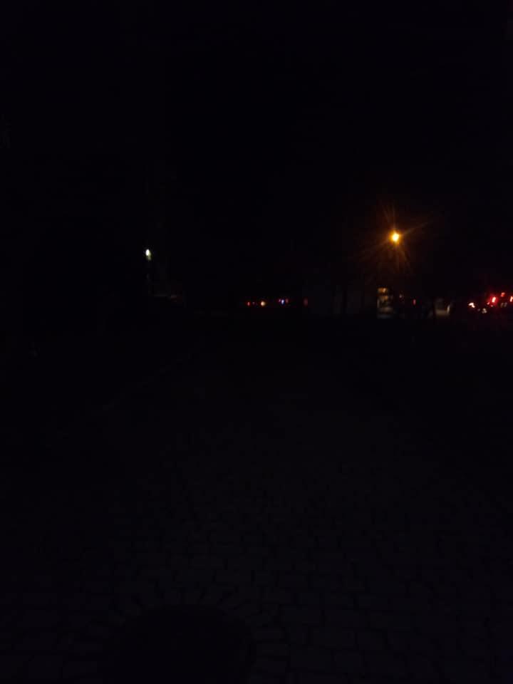 #СадовийвідремонтуйЛьвів: ціла вулиця живе без ліхтарів. Львів'яни просять світла