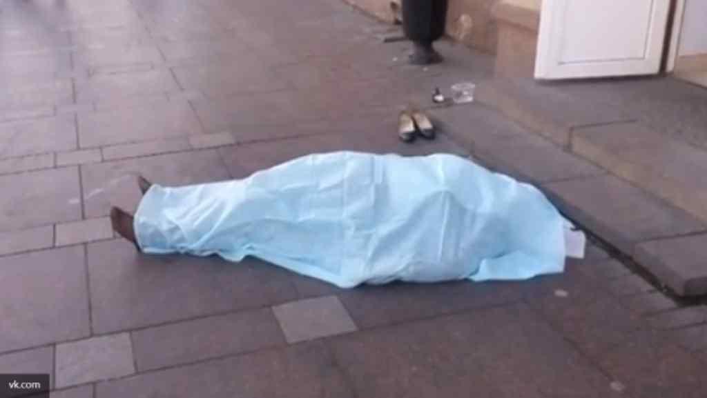 Боялася сказати батькам: дівчина-іноземка в Тернополі прийняла невідому отруту