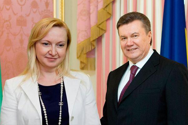 """Справжня сенсація! У Януковича і його молодої дружини народився син. """"Молодий батько"""""""