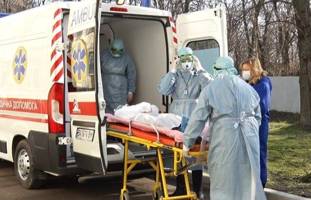 196 хворих! В Україні зростає кількість заражених коронавірусом. 40 нових випадків за добу