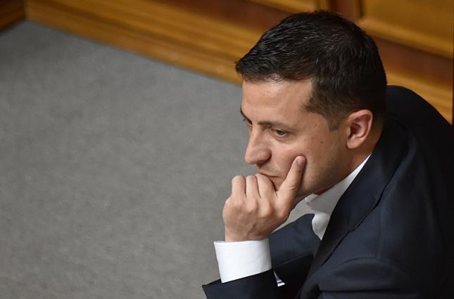 """""""Звільнити топ-міністра!"""": У Зеленського прийняли важливе рішення. Заміну знайшли. Пов'язаний з Гройсманом"""