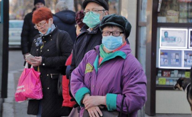 Карантин в Україні частково скасували: хто може вийти на роботу вже сьогодні?