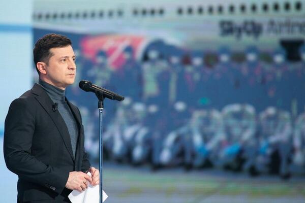 """""""Життя не закінчується."""" Зеленський дав українцям гучну обіцянку: """"Виліземо з цієї ями"""""""