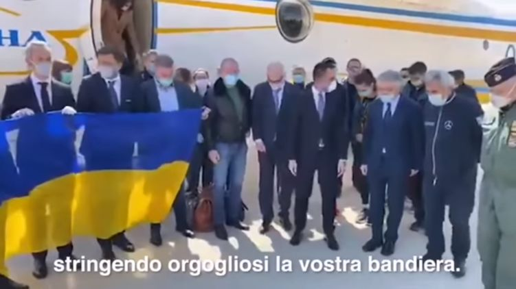 Герої для всього світу! Італія зворушливо подякувала українським лікарям. Гончаренко приголомшений