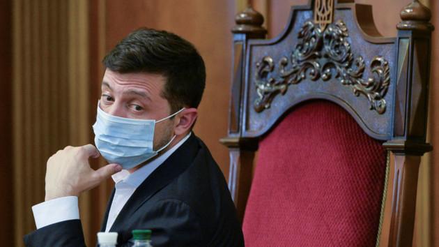 Зеленський дав добро. В Україні прийняли важливий закон. Погодились на його умови