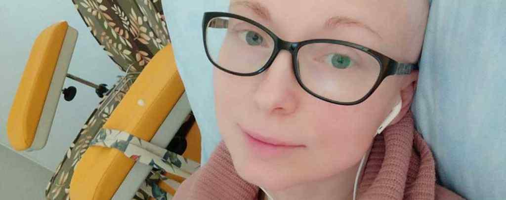 Оксана веде відчайдушну боротьбу з двома видами раку. Допоможіть їй!