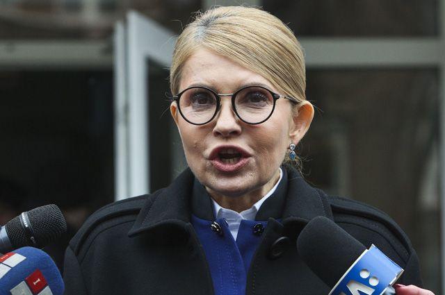 """""""Анджеліна Джолі відпочиває"""": Тимошенко вразила змінами у зовнішності. """"Пластика, така пластика"""""""