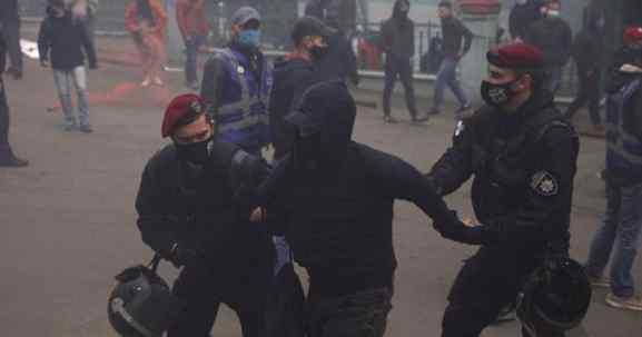 Зеленський не очікував! У Києві затримали 17 громадян. Гучні погрози
