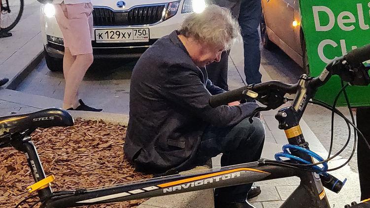 Кілька хвилин тому! Актора Єфремова затримали і відвезли прямо з дому. Результати експертизи вражають
