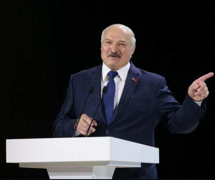 """""""Я хочу, щоб це всі почули!"""": Лукашенко """"вжарив"""" потужною заявою. Поставив усіх на місце. """"Не віддамо!"""""""