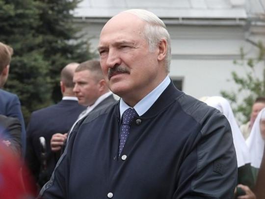 """""""Було брендом батьки"""": Лукашенко """"вибухнув"""" гнівною заявою. """"Не галасуйте, не кричіть"""""""