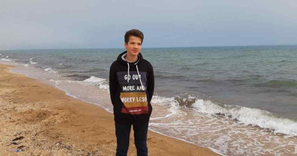 Нашої з вами допомоги потребує 15-річний Рома Шурмін з Миколаєва