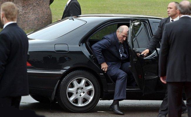 """""""Йому стало погано!"""": Тільки що – охорона вже там, їм вдалося. Це побачили всі – прощай Лукашенко"""