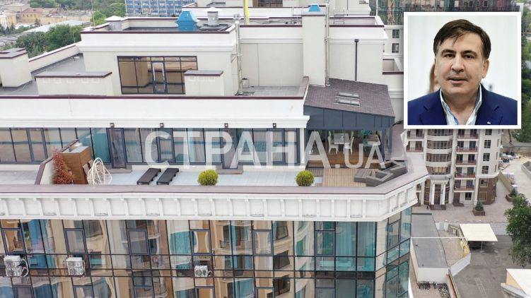 """""""Приблизно за 3 мільйони гривень"""": У Мережі показали розкішні апартаменти Саакашвілі в Одесі. """"З особистим дахом"""""""