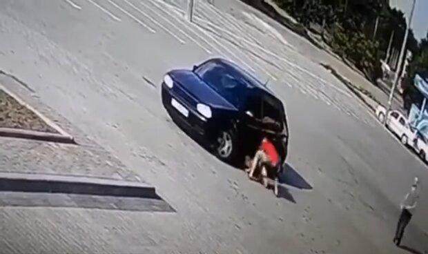 Дитина тікала та кликала маму. Страшна ДТП на Львівщині. Переїхав двічі і втік