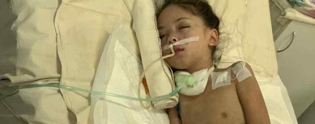 Медичне диво: У Дніпрі рятують Машу, якій вдалось відновити роботу нирок і легень