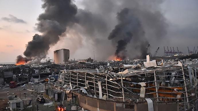 """Вибух в Бейруті: число жертв катастрофи різко зросло, уряд шокував рішенням. """"Шукати більше не будуть"""""""