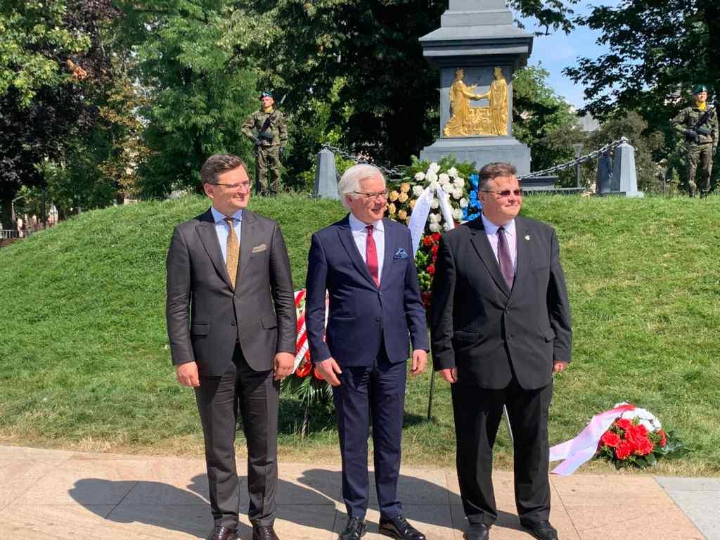 Негайно припинити ескалацію! Україна, Польща і Литва вибухнули заявою: звільнити всіх зараз
