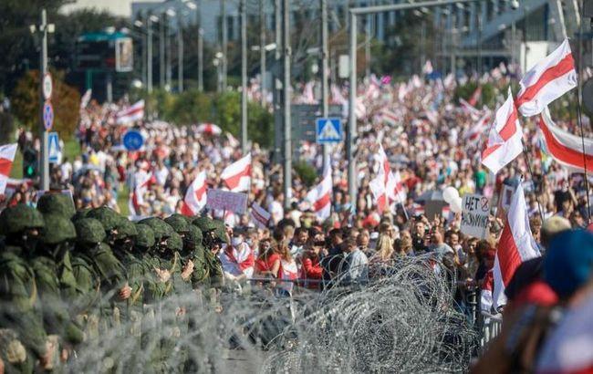 Такого країна ще не бачила! Більше сотні затриманих, силовики не на жарт розійшлись: усього за дві години
