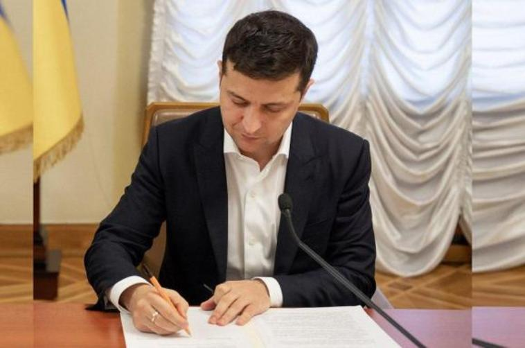 В Україні з'явиться нова Рада – Зеленський підписав важливий указ. Що потрібно знати про новий орган влади