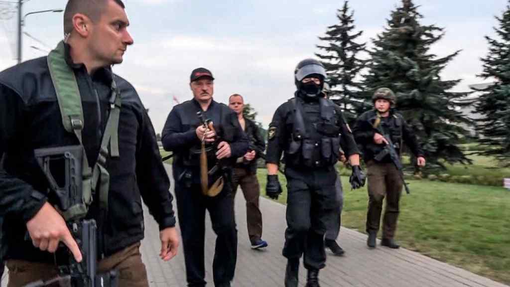 Лукашенко в центрі гучного скандалу – спрацювали комплекси. Дешево і жалюгідно – режим безпорадний!