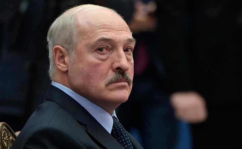 Терміново! У Лукашенка перехопили розмову: отруєння Навального – липа. Шокуюча інформація