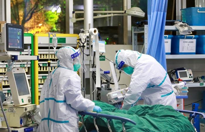 """""""Проходив лікування у приватній клініці"""": Від коронавірусу помер віцеперем'єр країни"""