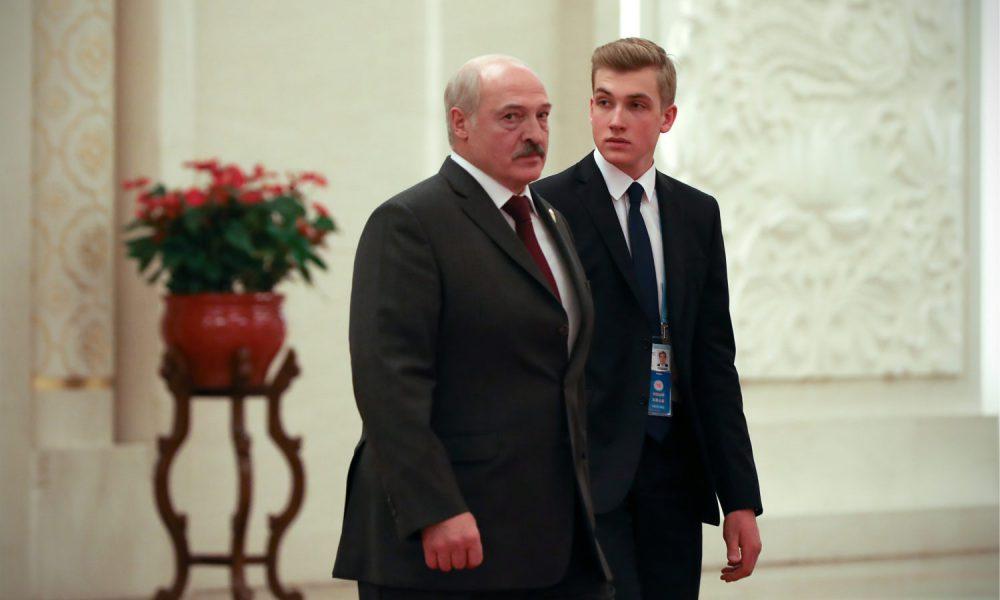 Коля в істериці! Прямо зараз – Тіхановська вже там. Лукашенка змінили – новий уряд!