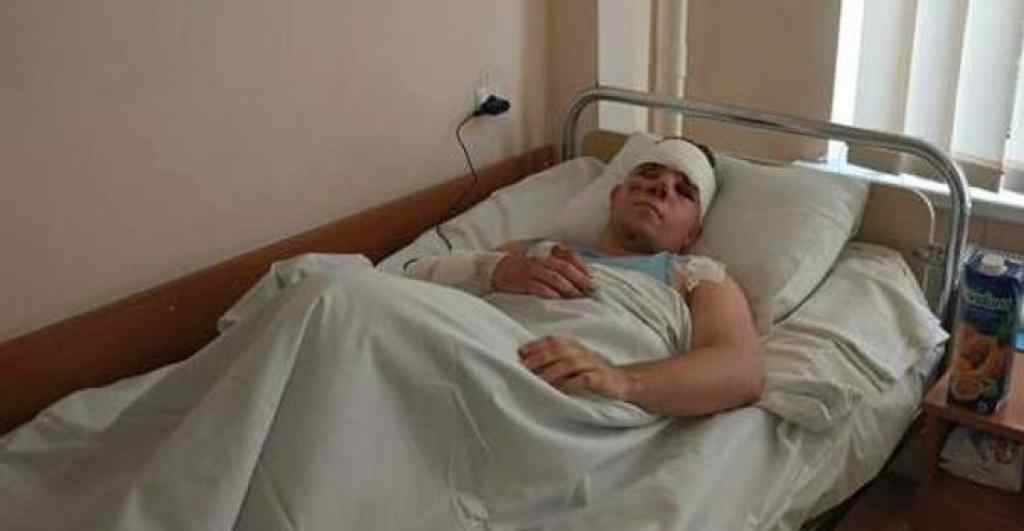 """""""Він був весь у крові і казав """"Мамо""""! Моторошні деталі Харківської трагедії: курсант, який вижив шокував подробицями"""