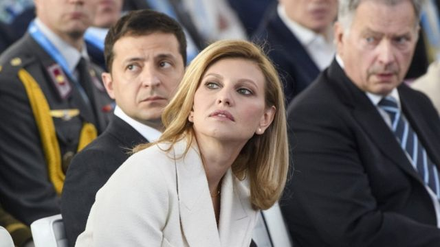 """""""Ти що взагалі не поважаєш?"""": Образ Олени Зеленської у Туреччині підірвав Мережу. Українці шоковані"""