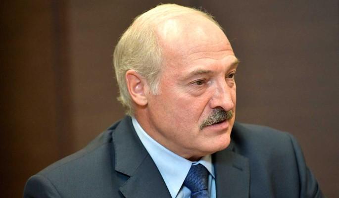 Транзит влади. Лукашенко в істериці – це сталось, він в СІЗО. Відставка – білоруси шоковані