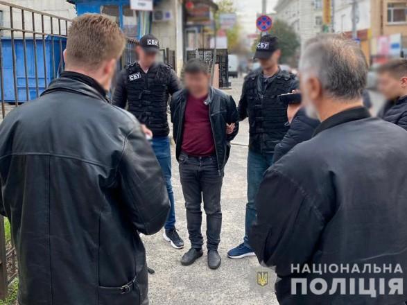 """500 гривень за голос! В Україні викрили скандальну схему, за день до виборів: взяли """"на гарячому"""""""