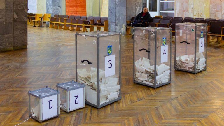 Другого туру не буде! Впевнена перемога кандидата у одному з найбільших міст України – дані екзит-полу