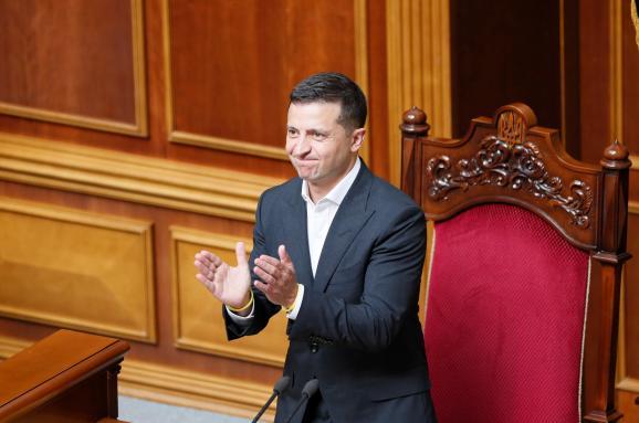 Одразу після виборів! У Зеленського похвалилися результатами – майже 5 мільйонів. Країна на ногах