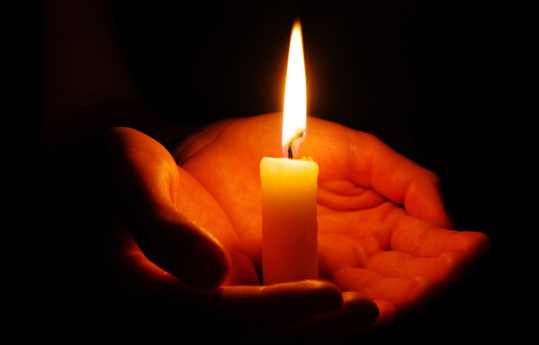 "Гучна смерть сколихнула країну – велика Українка, невимовне горе. ""Одна з перших"" – сльози і співчуття…"