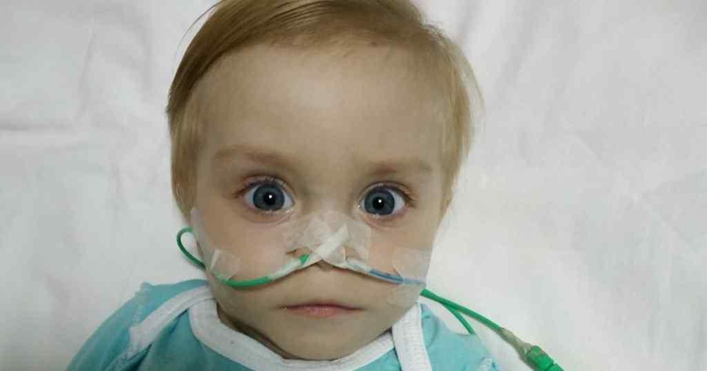 """""""Моя маленька і години не проживе без ліків"""". Врятуйте життя 1-річної Маргаритки"""