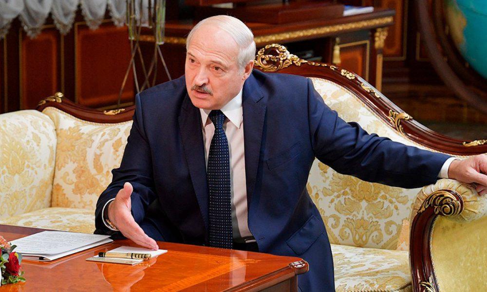 """Засидівся! Лукашенко """"похитнувся"""", ледь стоїть на ногах: жорсткий ультиматум. Стався """"вибух"""" – країна не пробачить"""